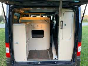 Ford Nugget Westfalia techo elevable
