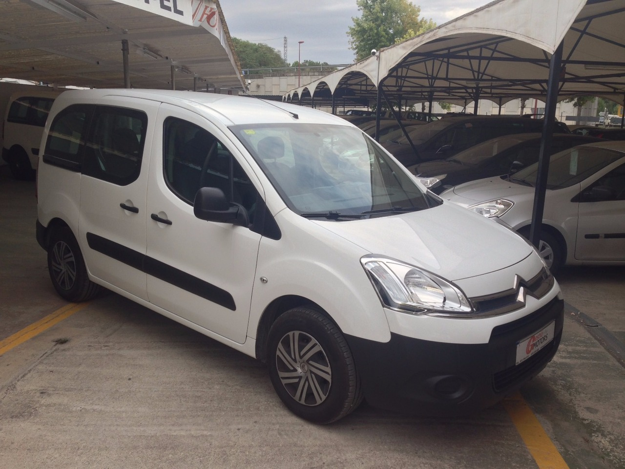 Citroën Berlingo 1.6 HDI 75 ATTRACTION   - Foto 1