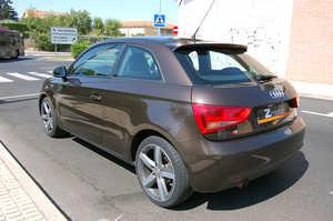Audi A1  1.6 Tdi 105cv Ambition   - Foto 2