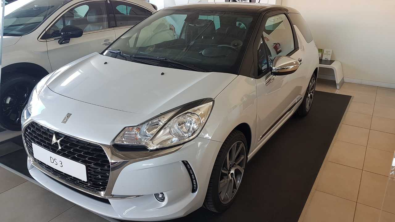 DS Automobiles DS 3 STYLE BLUE HDI 100CV    - Foto 1