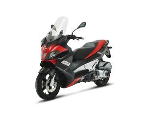 Piaggio X 10 hemos recibido 13 motos km 0  - Foto 2