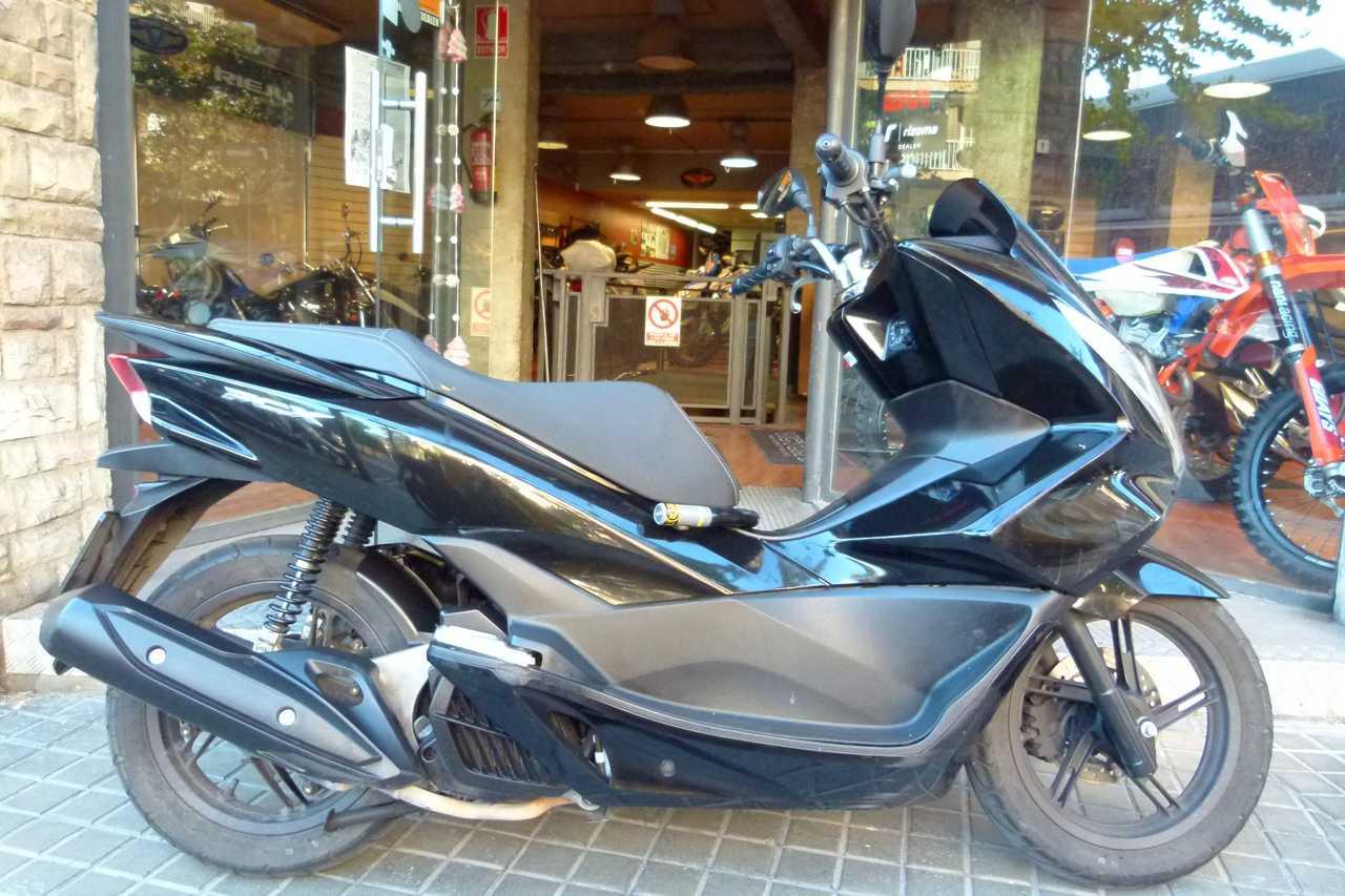 Honda PCX 125   - Foto 1