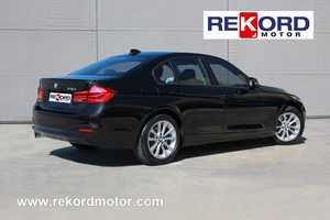 BMW 318 d Berlina AUTOMÁTICO- STEPTRONIC 8VEL-  - Foto 3