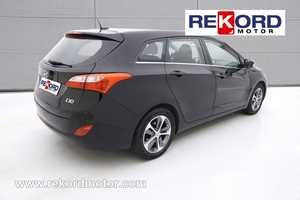 HYUNDAI I30 CW ISG 1.6 CRDI Pop NAVEGADOR- FAMILIAR Garantía Hyundai 2021  - Foto 2