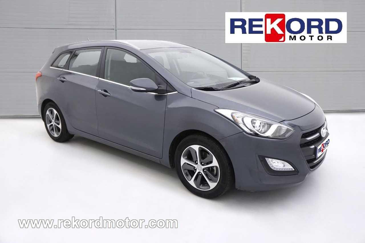 HYUNDAI I30 CW ISG 1.6 CRDI Pop NAVEGADOR- FAMILIAR Garantía Hyundai 2021  - Foto 1