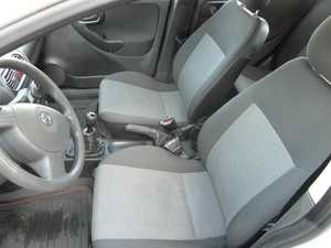 Opel Corsa 1.3 CDTI 70 CV MEJOR VER  - Foto 2