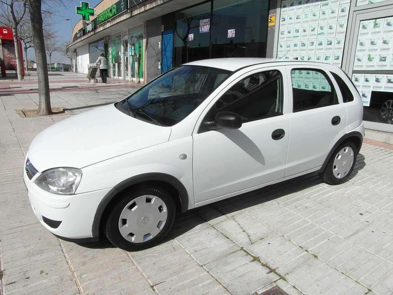 Opel Corsa 1.3 CDTI 70 CV MEJOR VER  - Foto 1