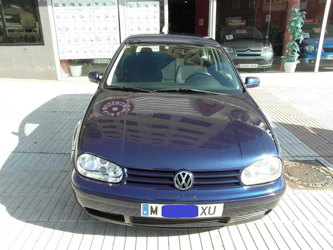 Volkswagen Golf 1.6 SR 100CV 3 PUERTAS  - Foto 1