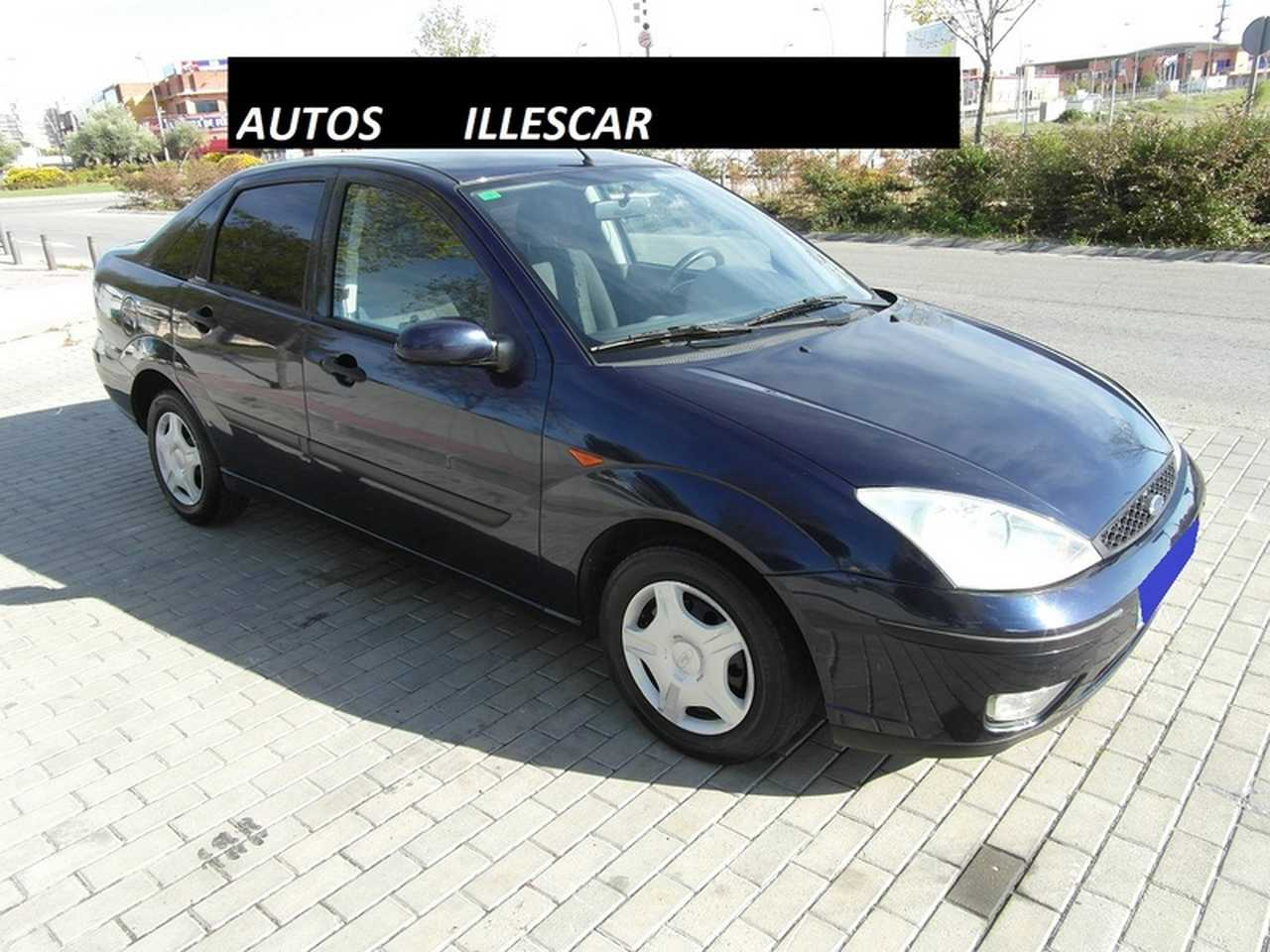 Ford Focus 1.8 TDCI 90 CV SEDAN  - Foto 1