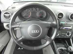 Audi A3 2.0 TDI 140 CV  6 VELOCIDADES MUY CUIDADO  - Foto 2