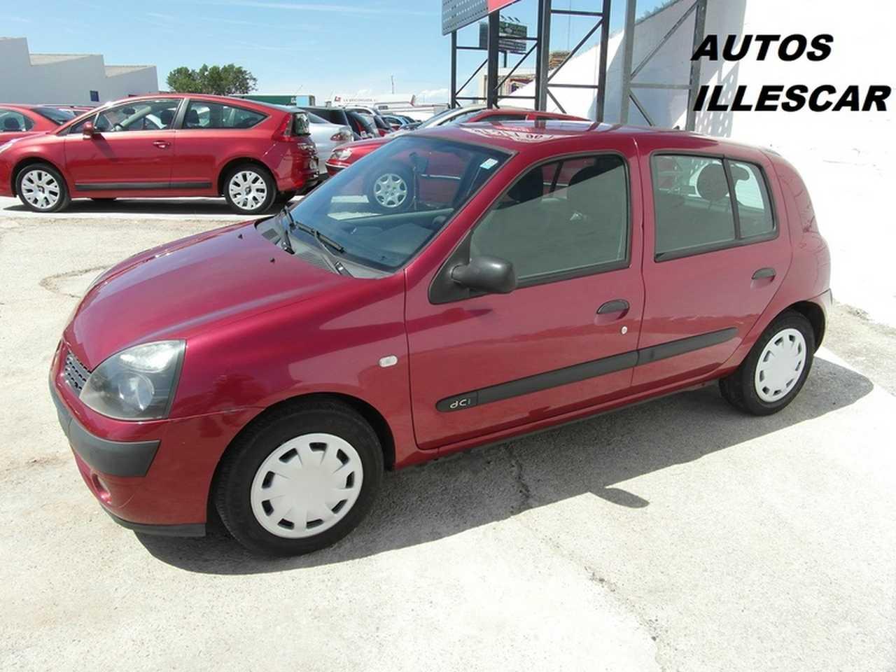Renault Clio 1.5 DCI 80 CV MUY CUIDADO  - Foto 1