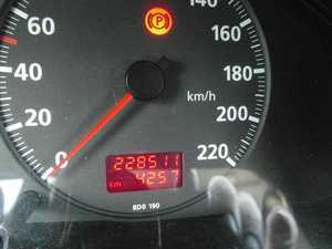 Audi A4 1.9 TDI 110 CV MEJOR VER  - Foto 2