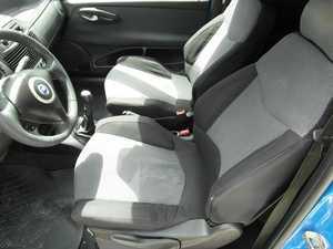Fiat Punto 1.9 JTD 85 CV MEJOR VER  - Foto 2