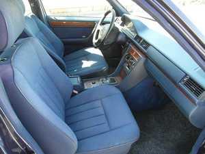 Mercedes 300 E 300 D  136CV TODO UN CLASICO  - Foto 3