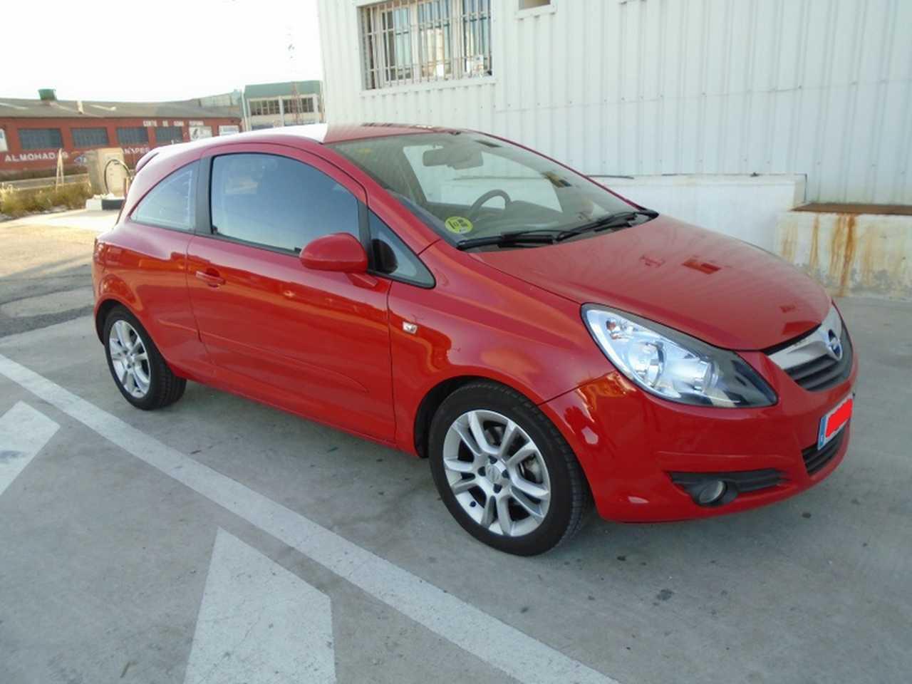Opel Corsa 1.3 CDTI  90 CV  3 PUERTAS MOTOR POR CADENA   - Foto 1