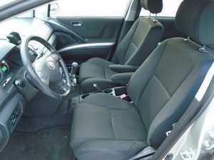 Toyota Corolla Verso 2.0 D4D 115 CV SALTA LA 5º VELOCIDAD   - Foto 2