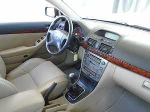 Toyota Avensis 2.0 4D4 115 CV MUY CUIDADO  - Foto 2