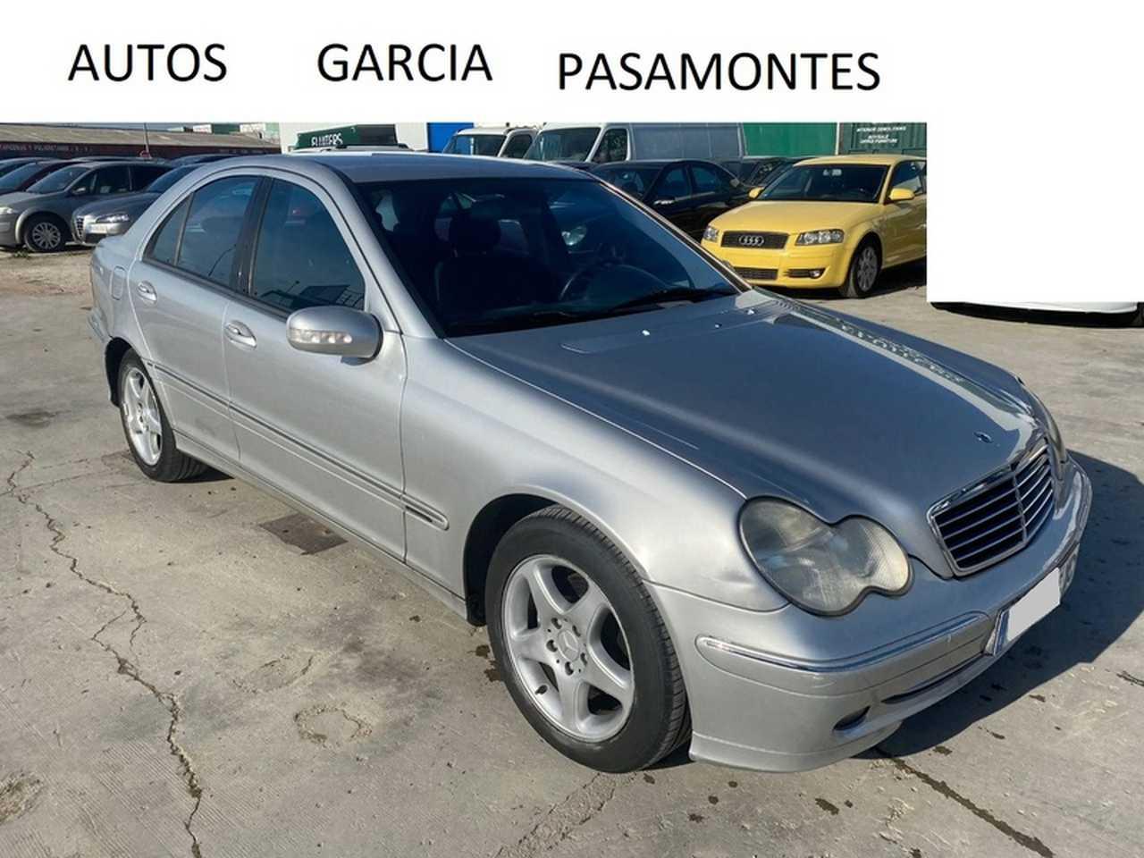 Mercedes Clase C 220 DCI   143 CV  MUY CUIDADO  - Foto 1