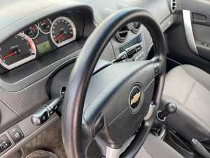 Chevrolet Aveo 1.2 GASOLINA 85 CV 41.987 KM  - Foto 3