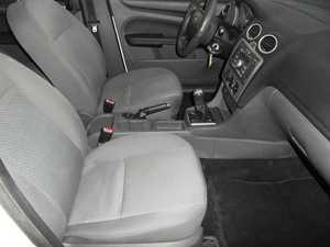 Ford Focus SEDAN 1.6 TDCI  MAN 120 CV MEJOR VER  - Foto 2