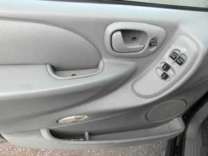Chrysler Grand voyager LX 2.8  150 CV AUTOMATICA  - Foto 3