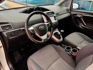 Toyota Verso 130 ADVANCE con TECHO PANORÁMICO, CÁMARA TRASERA...  - Foto 2