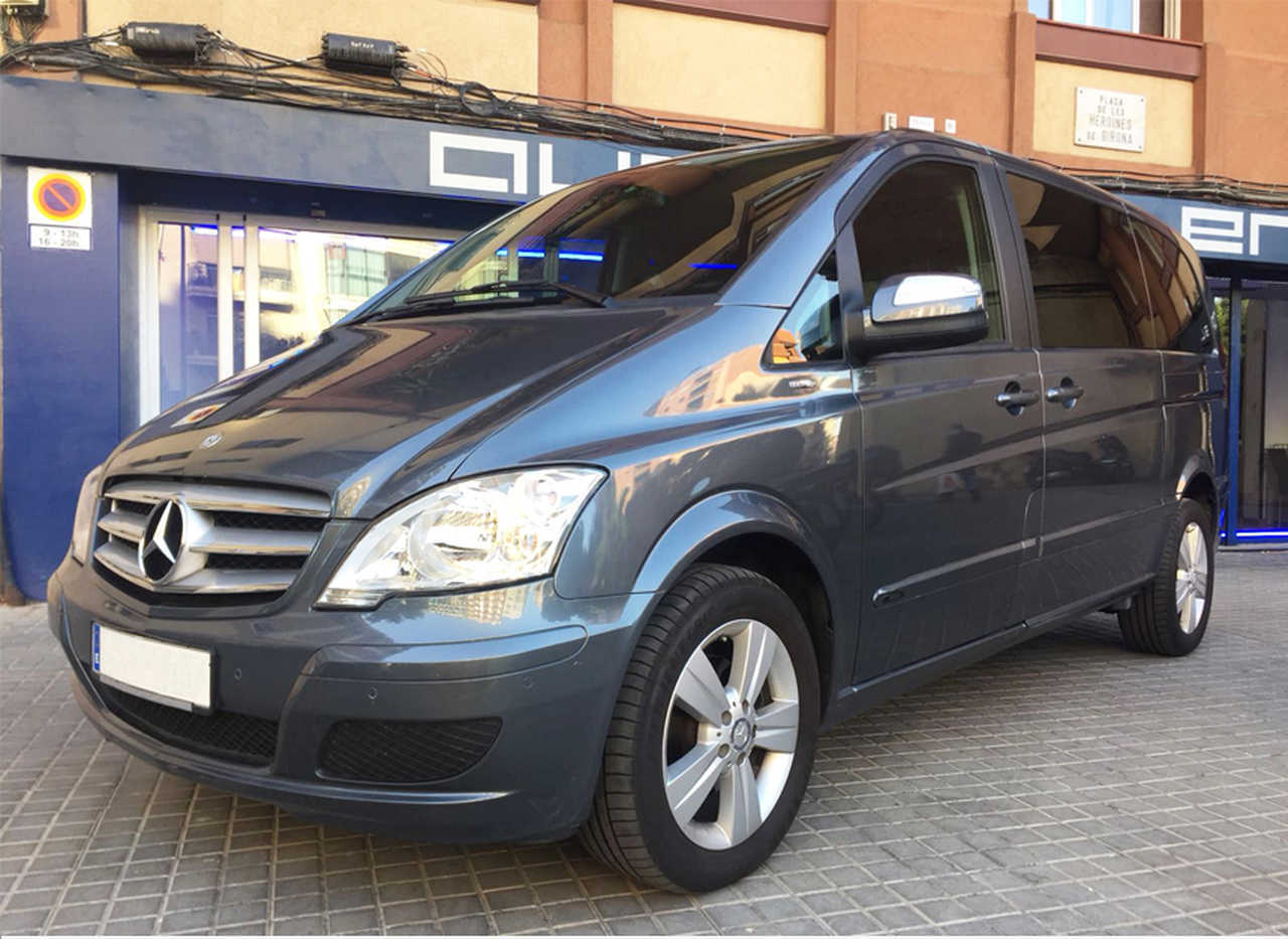 Mercedes Viano 2.2CDI Kompakt / Autom / 7 paz / Doble puerta  - Foto 1