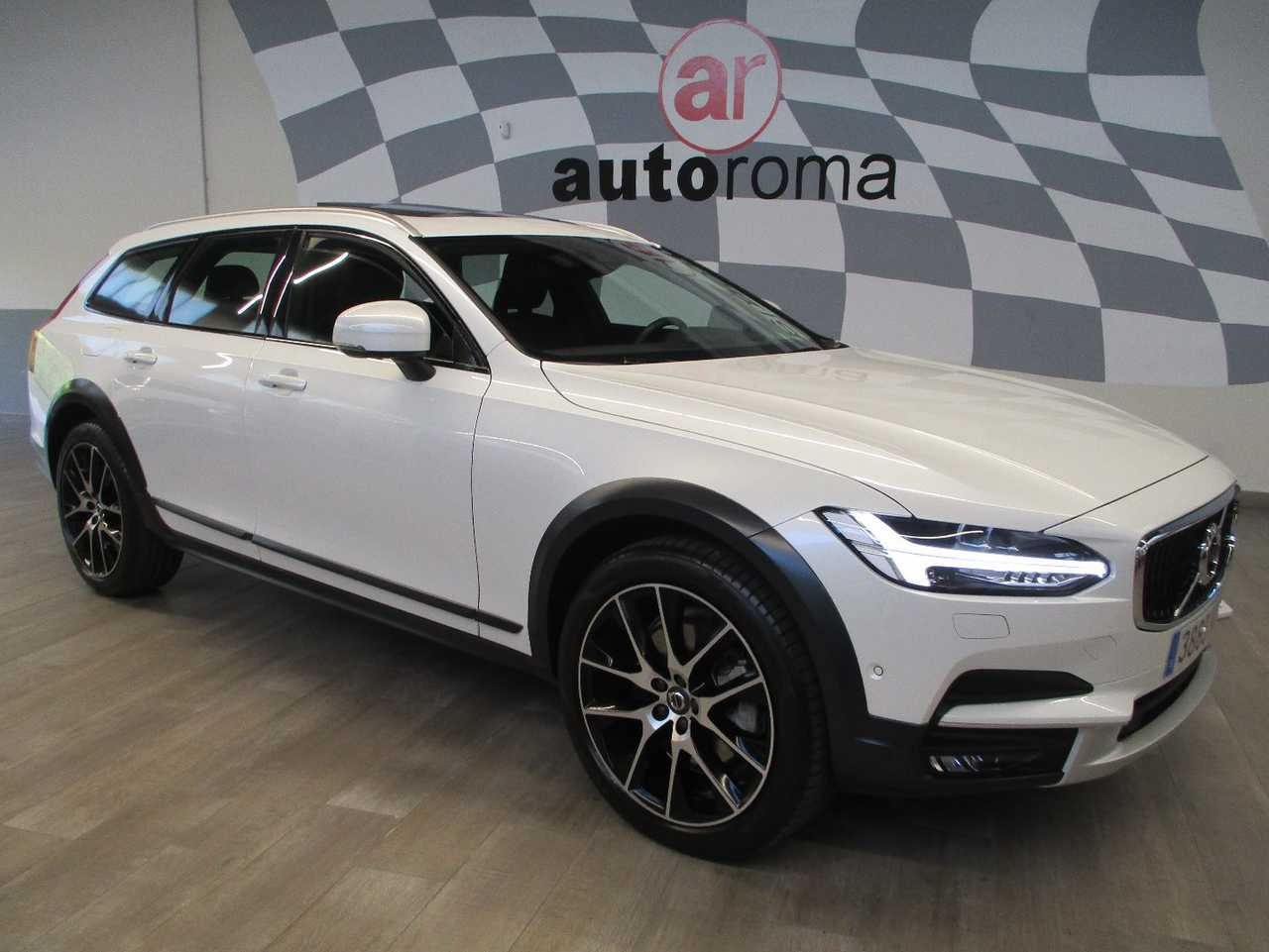 Volvo Cross Country V90 Cross Country D5 AWD Pro Automático.   - Foto 1