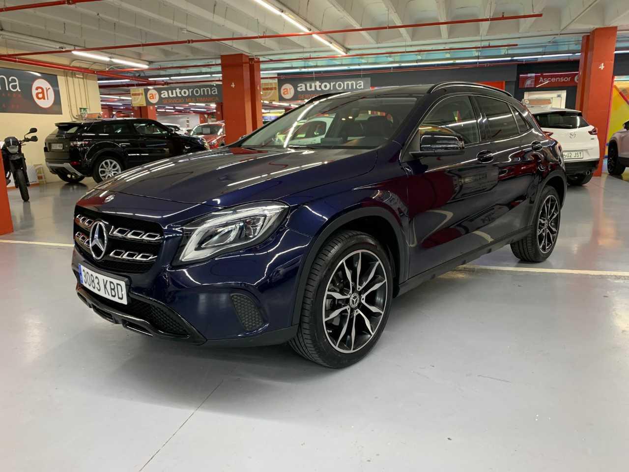 Mercedes GLA 180. PAQUETE NIGHT   - Foto 1