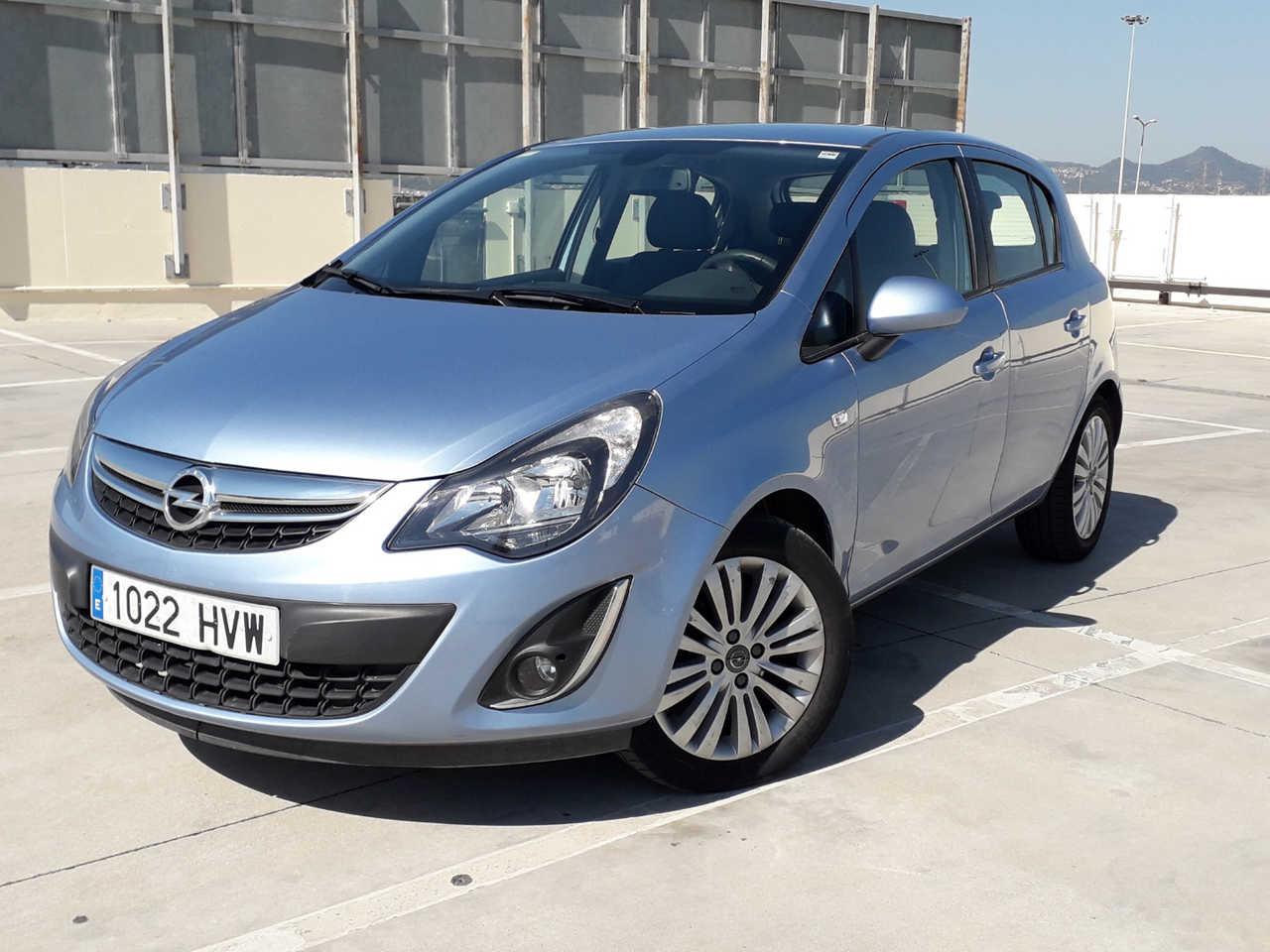 Opel Corsa 1.2 selective automatico 85cv adaptado a personas con movilidad reducida  - Foto 1