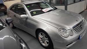Mercedes Clase C  Clase C C Sportcoupe 200 K 120 kW (163 CV)   - Foto 2
