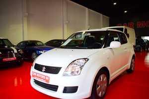 Suzuki Swift 1.3DDiS GL   - Foto 2