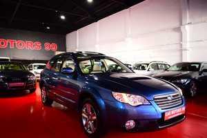Subaru Legacy 2.0 Diesel Outback  Limited Plus 150cv  - Foto 3