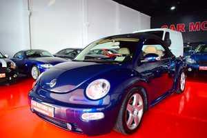 Volkswagen Beetle Cabrio 2.0i 115CV   - Foto 2