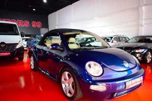 Volkswagen Beetle Cabrio 2.0i 115CV   - Foto 3