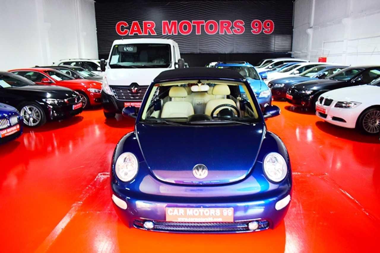 Volkswagen Beetle Cabrio 2.0i 115CV   - Foto 1