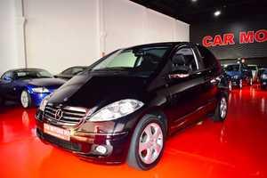 Mercedes Clase A 200 TURBO AVANTGARDE Auto. 193cv 12 Meses de Garantia  - Foto 2