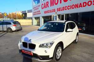 BMW X1 X1 sDrive 18d Essential Edition NACIONAL-LIBRO REVISIONES  - Foto 2