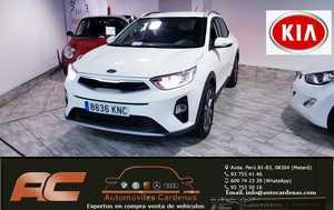 Kia Stonic 1.0 T-GDI 120CV GASOLINA DRIVE FULL EQUIPE NAVEGADOR-CAMARA-LLANTA 17