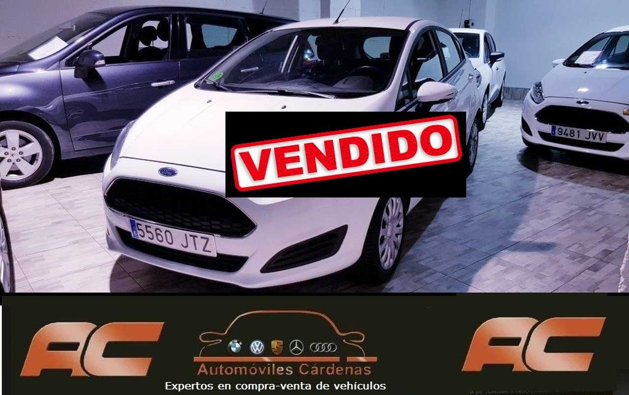 Ford Fiesta 1.5 TDCI 75CV TREND SENSORES APARC TRASEROS-USB-TEL  - Foto 1
