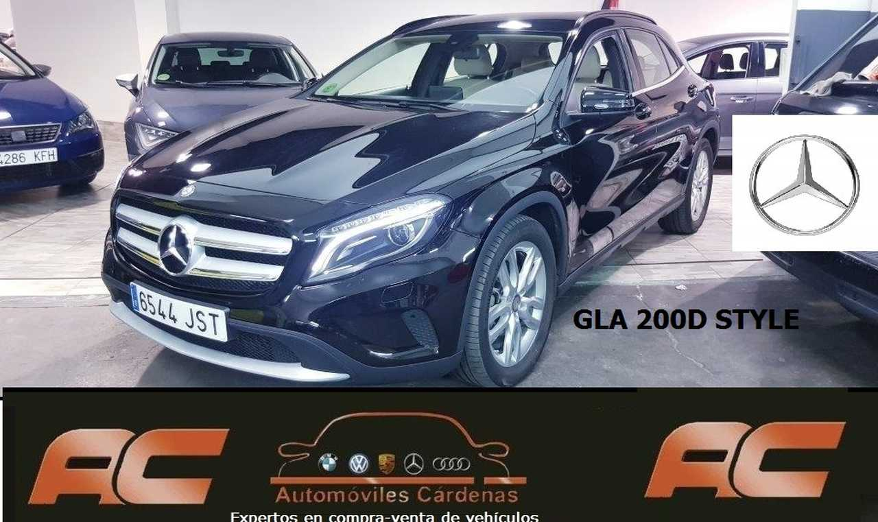 Mercedes GLA 200 CDI STYLE NEGRO-BEIGE SENSORES TRASEROS-BLUETOOTH  - Foto 1