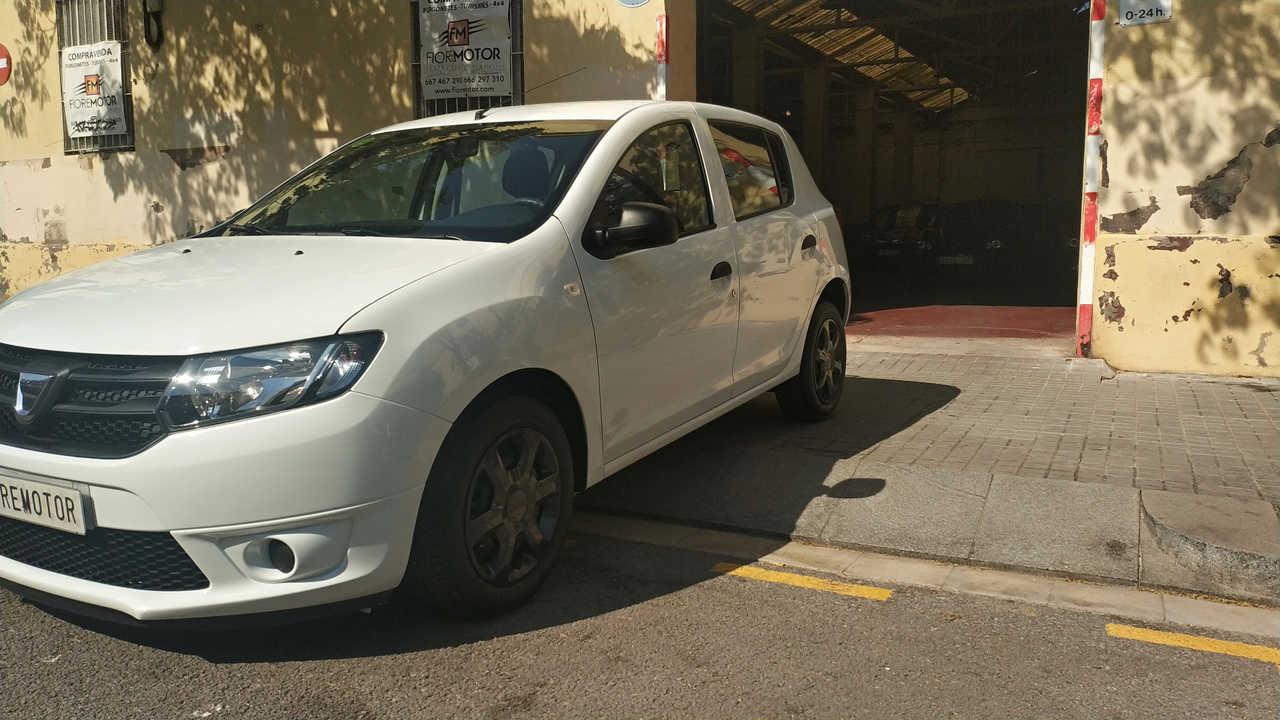 Dacia Sandero AMBIANCE 1.2 75CV 5P   - Foto 1
