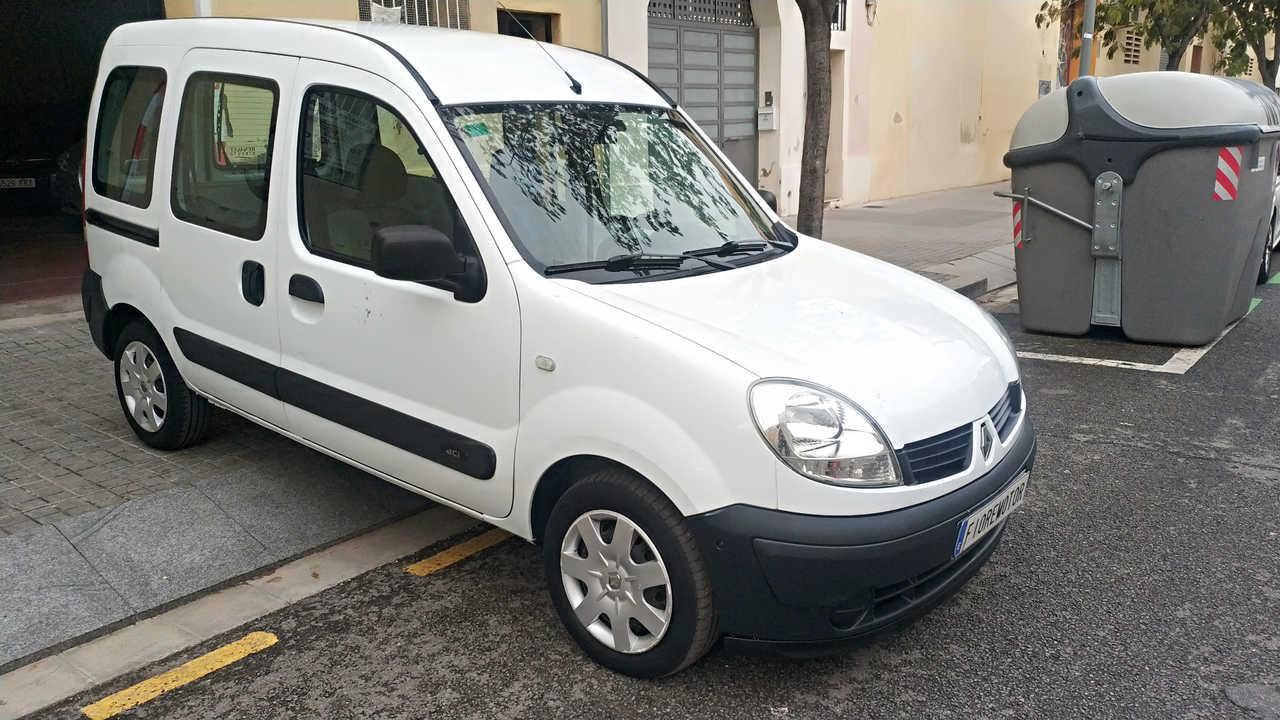 Renault Kangoo combi 1.5DCI BASE 70CV   - Foto 1