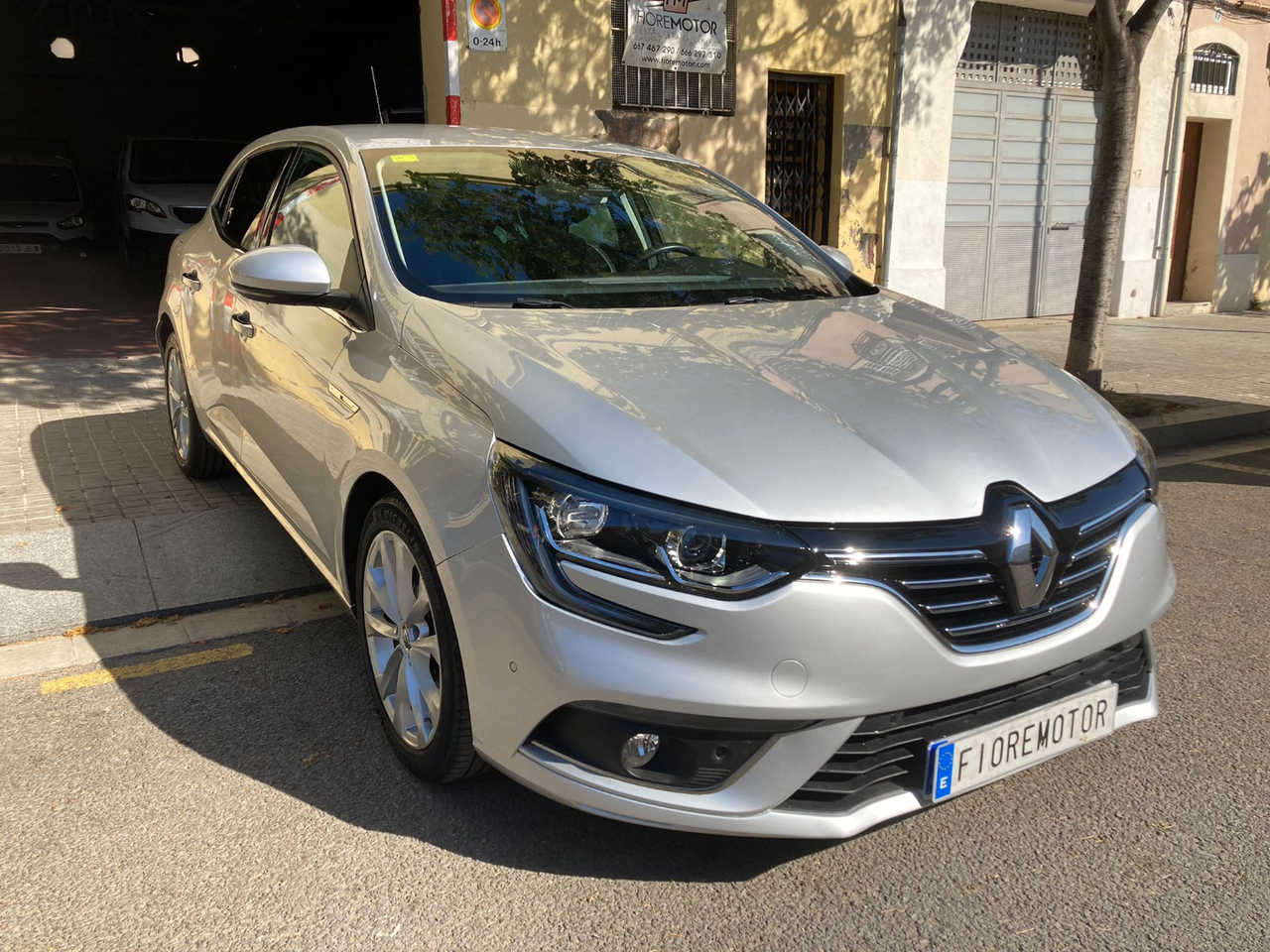 Renault Megane 1.2 TCE ENERGY ZEN   - Foto 1