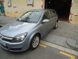Opel Astra 1.6 SPORT 5 P   - Foto 2