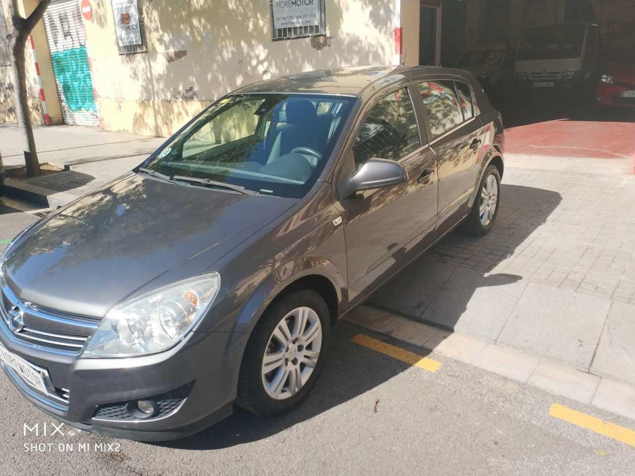Opel Astra 1.7CDTI ECOE 110CV COSMO 5P   - Foto 1