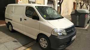 Toyota Hiace 2.5 D4D 117CV 4P TALLER HOMOLOGADO   - Foto 2