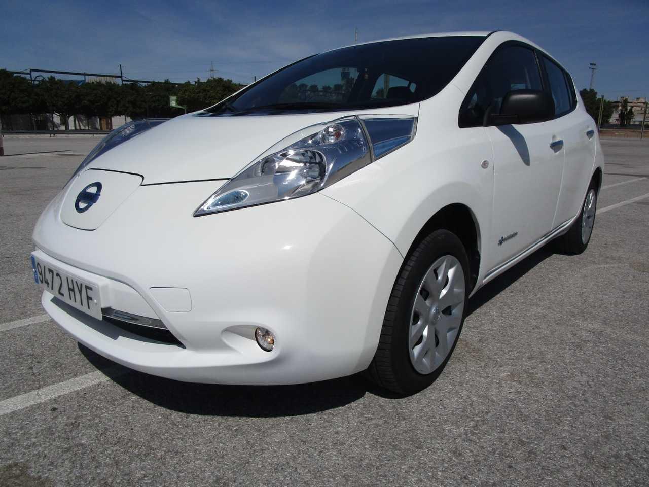 Nissan Leaf VISIA 24 KW 109 CV UN SOLO PROPIETARIO, CERTIFICADO DE KM Y CARROCERIA   - Foto 1