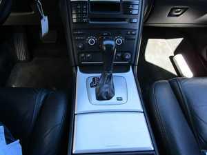 Volvo XC-90 2.4 D5 AWD MOMENTUN AUTOMATICO 7 PLAZAS PIEL UN SOLO PROPIETARIO, CERTIFICADO DE KM Y CARROCERIA   - Foto 3