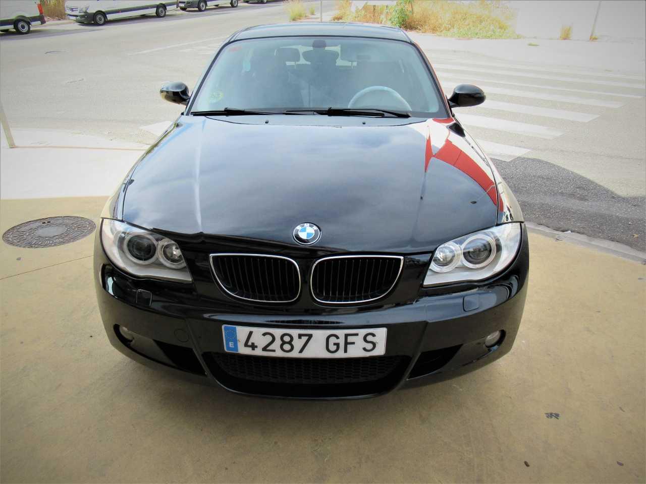 BMW Serie 1 118 D 5 PUERTAS UN SOLO PROPIETARIO, CERTIFICADO DE KM Y CARROCERIA   - Foto 1